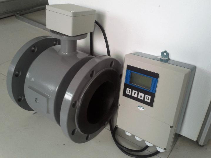 Electromagnetic-Sewage-Flow-Meter-