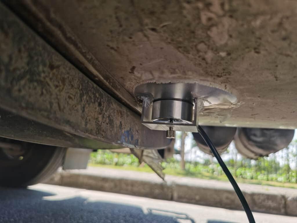 Ultrasonic Oil Level Sensor Application